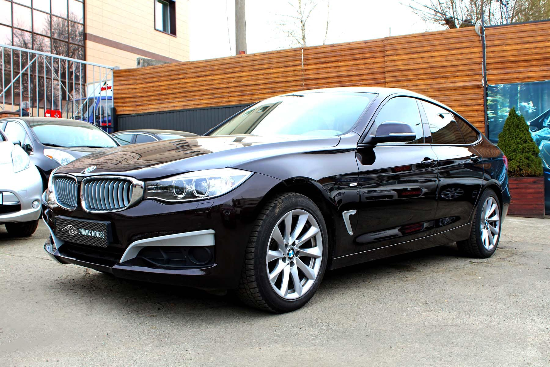 Selection of BMW 3GT and customer feedback