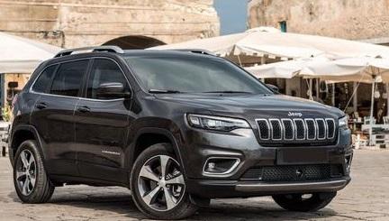 Реве та стогне Jeep Cherokee
